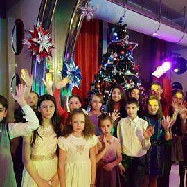 20171225 200048 270x270 Новогодняя елка в Москве