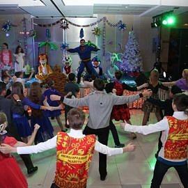IMG 1588 result 270x270 Новогодняя елка в Москве