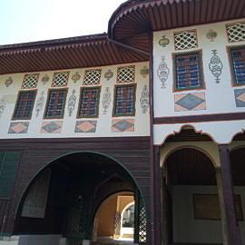 P80426 102012 270x270 «Ханский дворец»