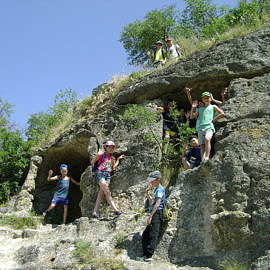 DSC02017 270x270 Пещерный город Чуфут Кале