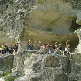DSC02040 270x270 Пещерный город Чуфут Кале