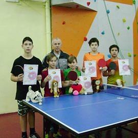 DSC02153 270x270 Новогодний теннисный турнир