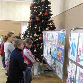 Ekspozitsiya Izostudii 270x270 Новогодняя выставка творческих работ