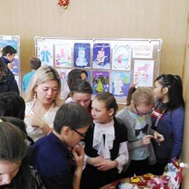 Ekspozitsiya myagkoj igrushki 270x270 Новогодняя выставка творческих работ