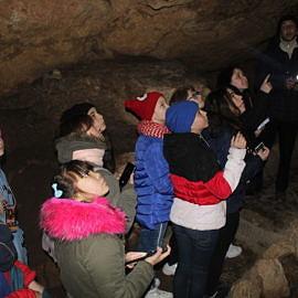 IMG 5627 270x270 Экскурсия в Красные пещеры и парк «Викинг»