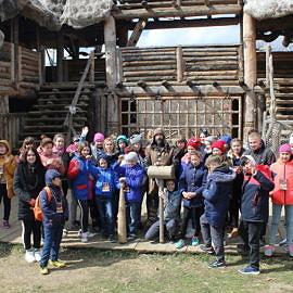 IMG 5679 270x270 Экскурсия в Красные пещеры и парк «Викинг»