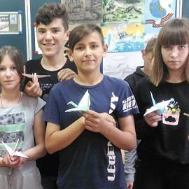P 20190506 163919 1 270x270 Тематический мастер класс по обучению технике оригами