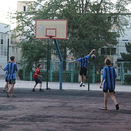 IMG 0391 270x270 Соревнования по баскетболу