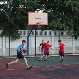 IMG 0400 270x270 Соревнования по баскетболу