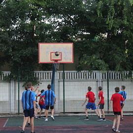 IMG 0405 270x270 Соревнования по баскетболу