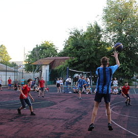 IMG 0416 270x270 Соревнования по баскетболу
