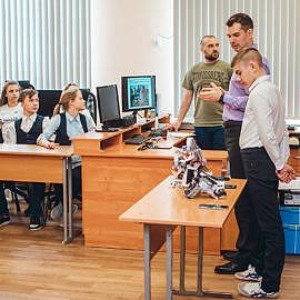 DSC 0664 270x270 Открытие класса робототехники