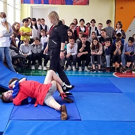 IMG 4937 270x270 В Центре проходят спортивные турниры