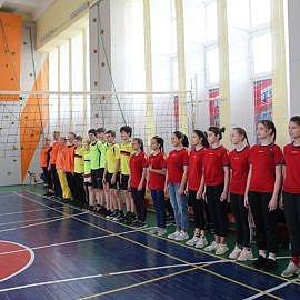 IMG 6754 270x270 Товарищеская встреча по волейболу